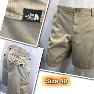 The North Face Cargo Shorts Size 40